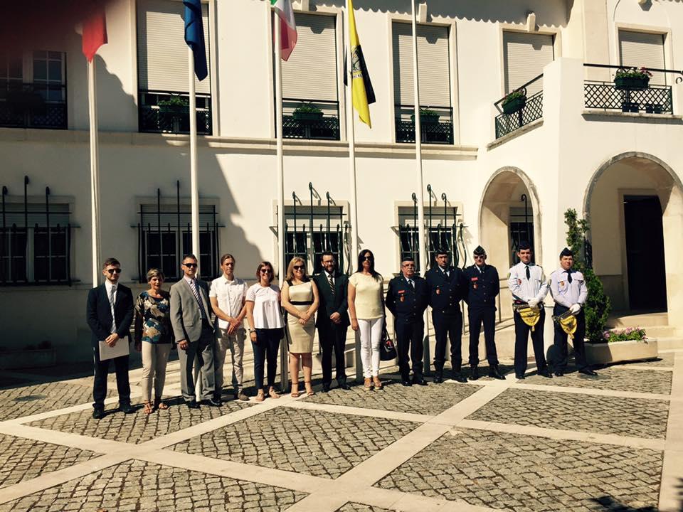La delegazione di santacroce e i funzionari portoghesi al termine della cerimonia